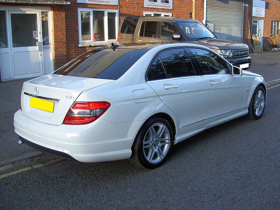 Pentagon glass tech mercedes benz customers 39 vehicles for Mercedes benz customer service email address